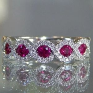 Gorgeous 925 Silver Oval Cut Ruby
